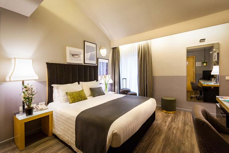 Camere in hotel a milano hotel holiday inn milan garibaldi station - Hotel con camere a tema milano ...